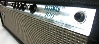 D09061801_Fender_Bassman_100_3-620x275